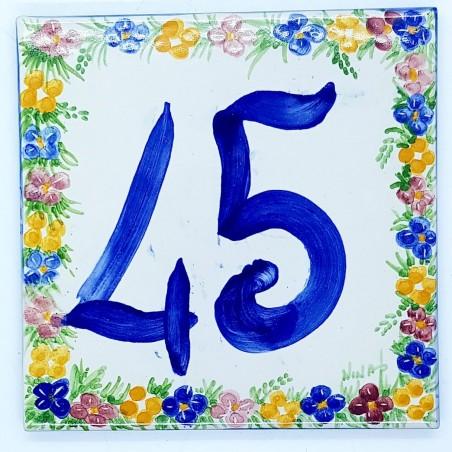 Numeri Civici Dimensioni 15 x 15 cm.